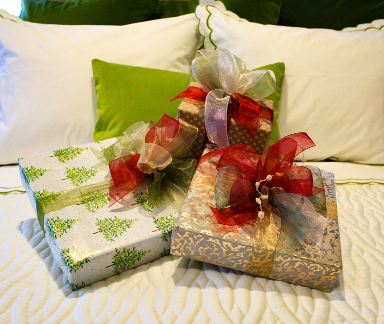 Bedded Bliss offer gift wrapping to support a cause