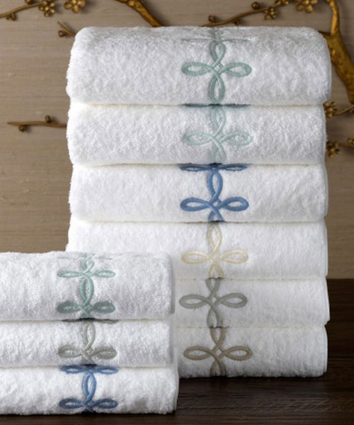 towels from matouk, gordian knot