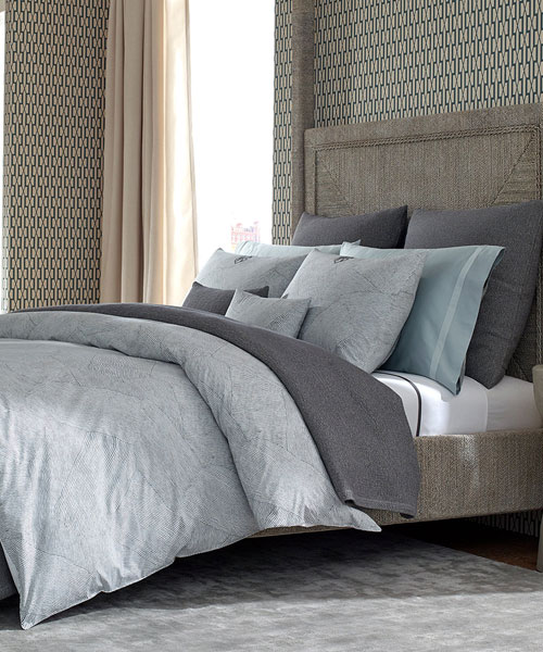 bedding from matouk, burnett